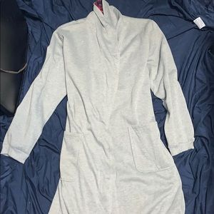 One size robe brand new